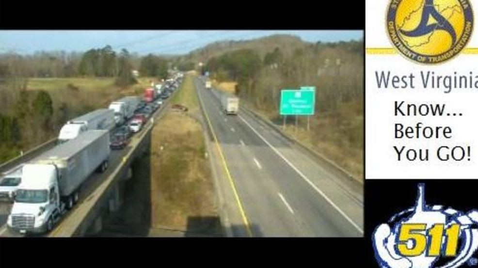 I-64 eastbound lanes reopen near Nitro exit after two