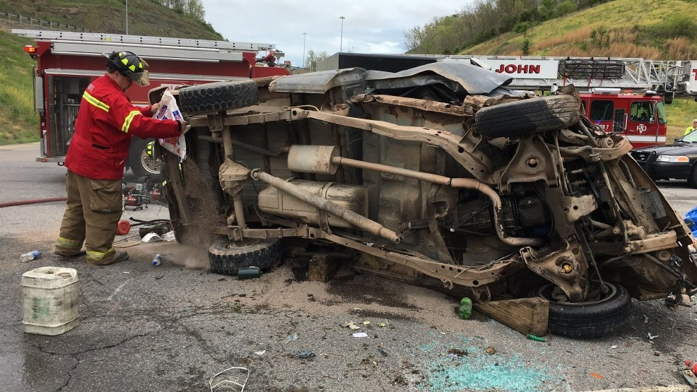 Driver injured, Route 34 shut down temporarily in Putnam County